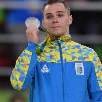 Украинский гимнаст Верняев завоевал серебряную медаль на Олимпиаде-2016
