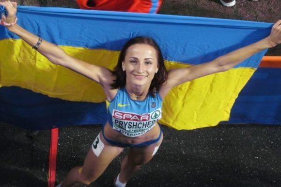 Украинка выиграла забег на Чемпионате мира и вернулась помочь сопернице