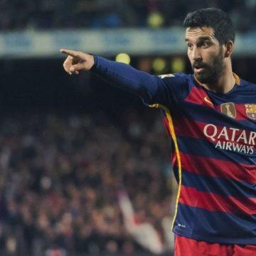 Футболист Барселоны задержан за избиение популярного певца