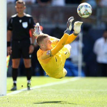 Англия выиграла бронзу Лиги наций: Пикфорд забил и отразил послематчевый пенальти
